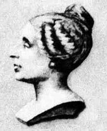 Buste de Sophie Germain représentée de profil, les cheveux noués en chignon