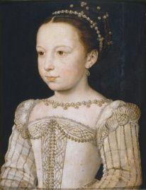 Tableau représentant Marguerite de Valois enfant, en robe blanche luxueuse avec des perles au cou et autour de sa coiffure en chignon élaboré.