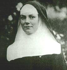 Photographie en noir et blanc d'Élise Rivet, Mère Marie Elisabeth de l'Eucharistie, en habits de religieuse