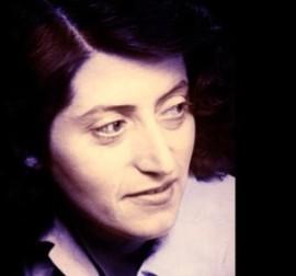 Photographie de Lucie Aubrac jeune montrant son visage, son regard tourné vers la droite