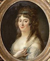 Tableau représentant Madame Roland. Elle porte une robe blanche légère et ses longs cheveux châtains, retenus par un bandeau sur le crâne, lui tombent sur les épaules.