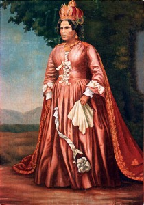 Portrait de Ranavalona Iere en costume royal rouge