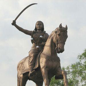 Statue de Rani Chennamma, reine de Kittur (Inde)