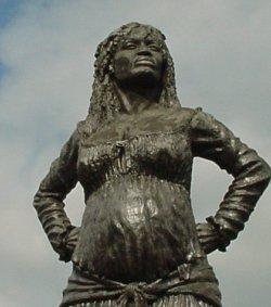 Statue de la Mulatresse Solitude