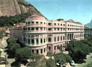 Faculté Nationale de Médecine - Brasil