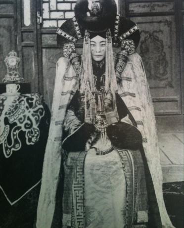 Femme noble mongole