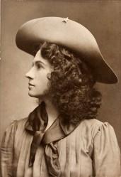 Annie Oakley vers 1903