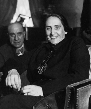 Dolores_Ibárruri_1936