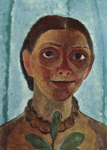 """Ce tableau de Paula Modersohn-Becker, """"autoportait aux camelias"""", représente l'artiste dans des teintes brunes sur fond bleu ; elle porte un collier de perles marron et tient une branche de camélias."""