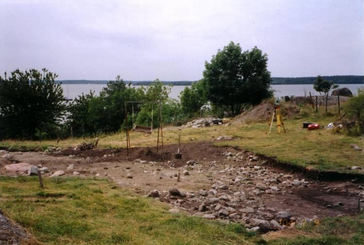 Cette photo  montre des fouilles archéologiques sur le site de Birka.