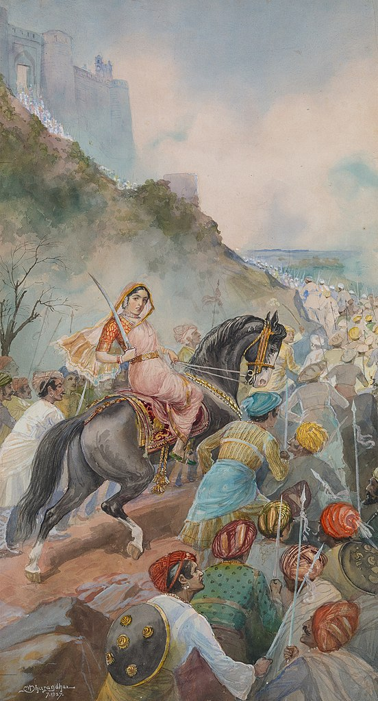 Ce tableau montre Tarabai à la bataille. Elle est à cheval au milieu d'une file de guerriers armés de sabres remettant un long chemin menant à un fort. Elle porte des habits traditionnels indiens et est armée d'un sabre.